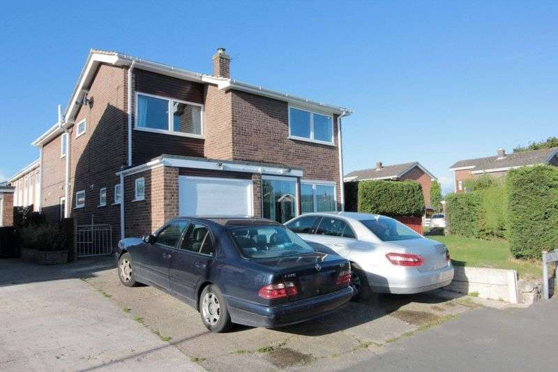 4 Bedrooms Detached House for sale in Lon Tywysog, Denbigh