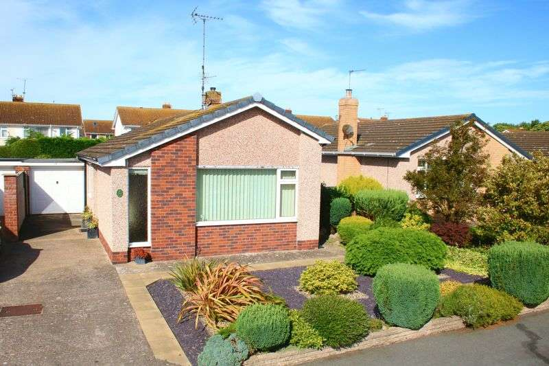 3 Bedrooms Detached Bungalow for sale in Grenville Avenue, Rhuddlan