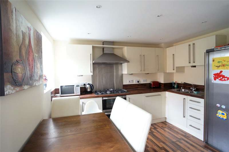 3 Bedrooms Terraced House for sale in Toad Hall Crescent, Chattenden, Rochester, Kent, ME3