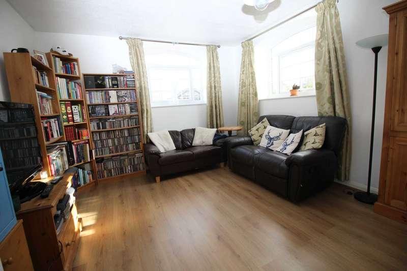 1 Bedroom Flat for sale in Kings Meadow Court, Kelvedon