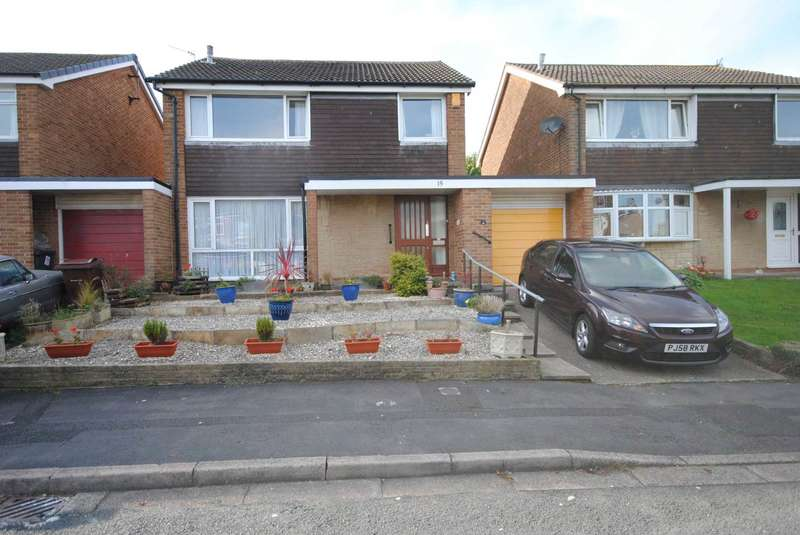 4 Bedrooms Detached House for sale in Friary Close, Kirkham