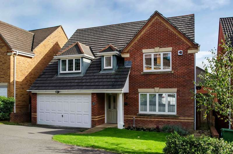 4 Bedrooms Detached House for sale in Cosham, Portsmouth