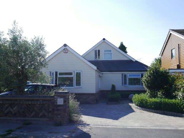 5 Bedrooms Detached House for sale in Albert Road, Benfleet