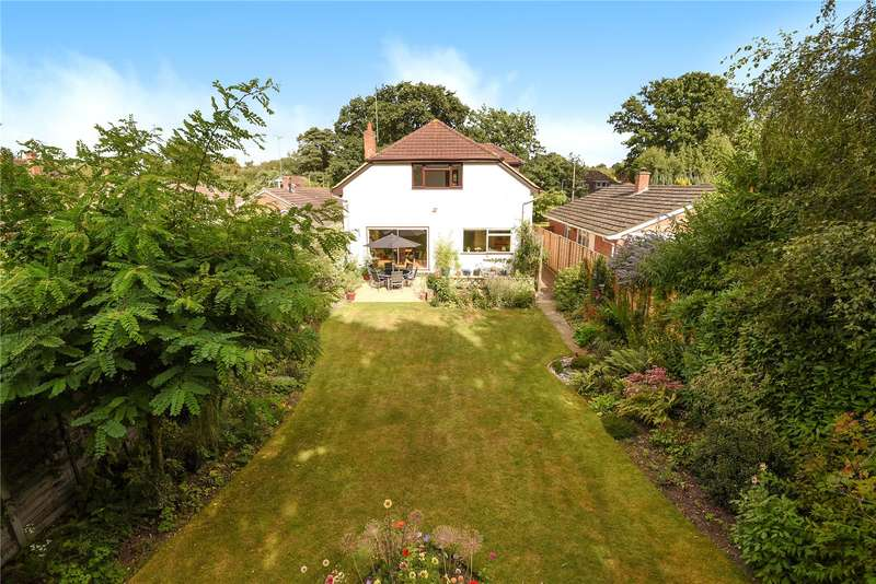 4 Bedrooms Detached House for sale in Nash Grove Lane, Finchampstead, Wokingham, Berkshire, RG40