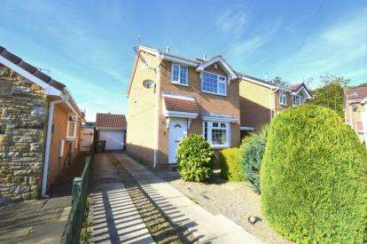 4 Bedrooms Detached House for sale in Hare Farm Avenue, Leeds, West Yorkshire