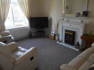 2 Bedrooms Flat for sale in Ufton Lane, Sittingbourne