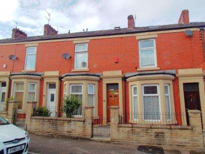 4 Bedrooms Terraced House for sale in Audley Range, Intack, Blackburn, Lancashire, BB1