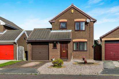 3 Bedrooms Detached House for sale in Holker Close, Lancaster, Lancashire, ., LA1