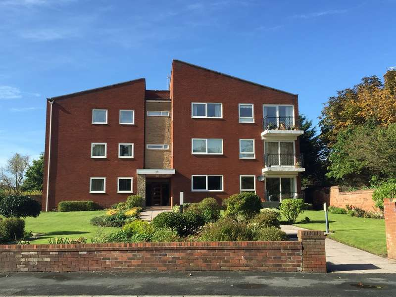2 Bedrooms Flat for sale in Westcliffe Road, Birkdale, Southport