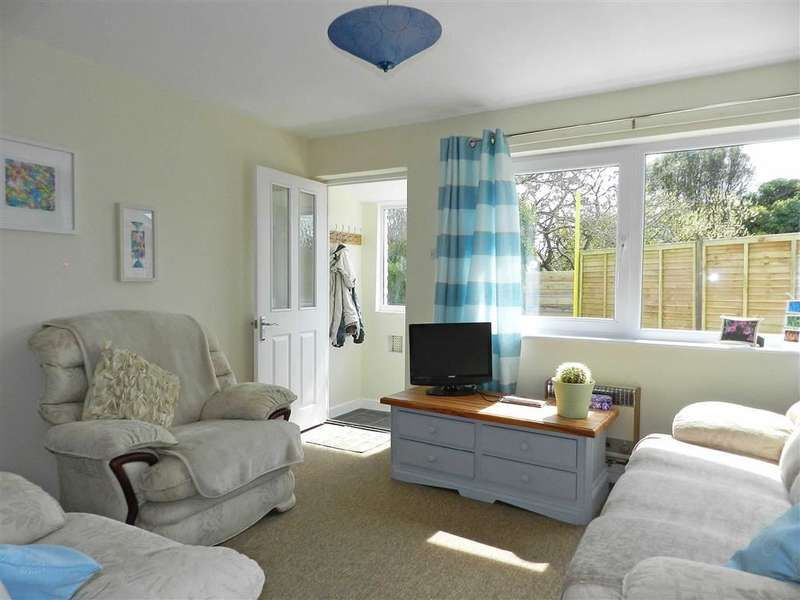 2 Bedrooms Property for sale in Steeple View Court, Carbis Bay