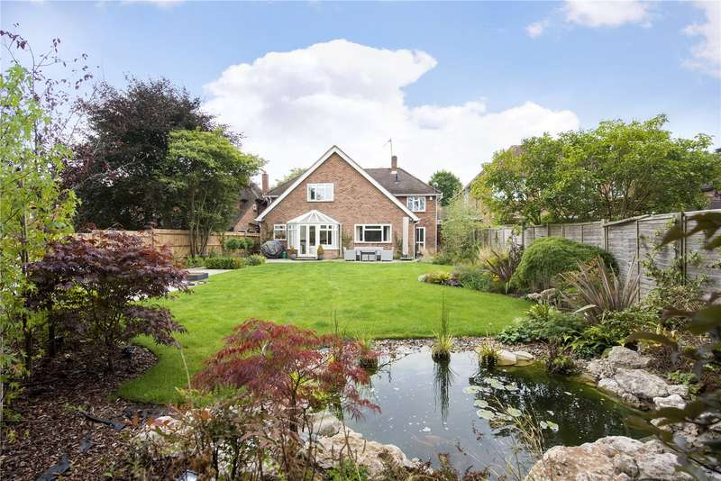 5 Bedrooms Detached House for sale in Blacketts Wood Drive, Chorleywood, Rickmansworth, WD3