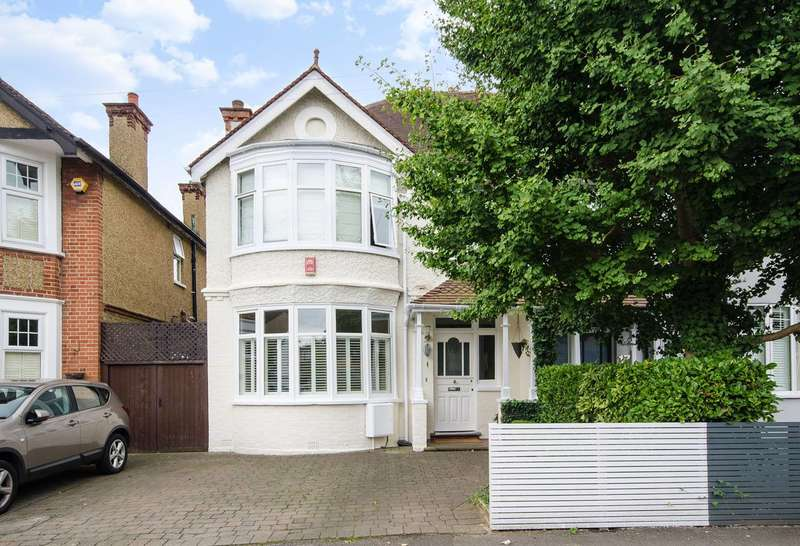 4 Bedrooms House for sale in Southfield Park, North Harrow, HA2