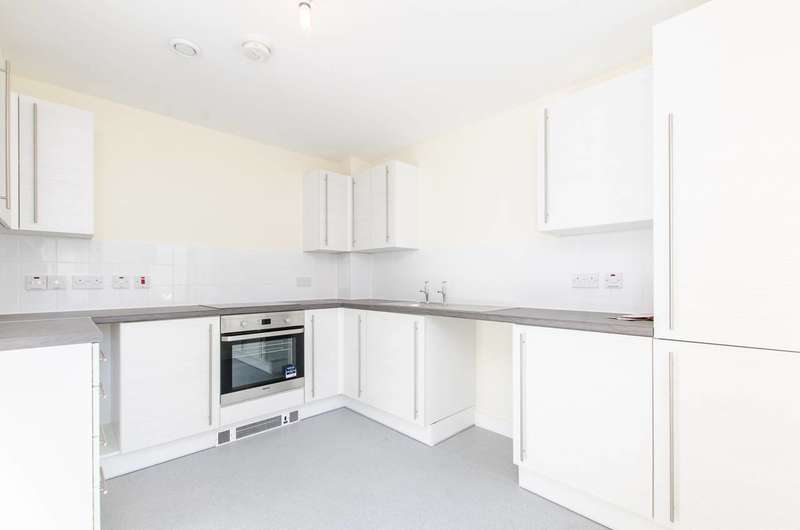 3 Bedrooms House for sale in Eleanor Road, Oval, SW9