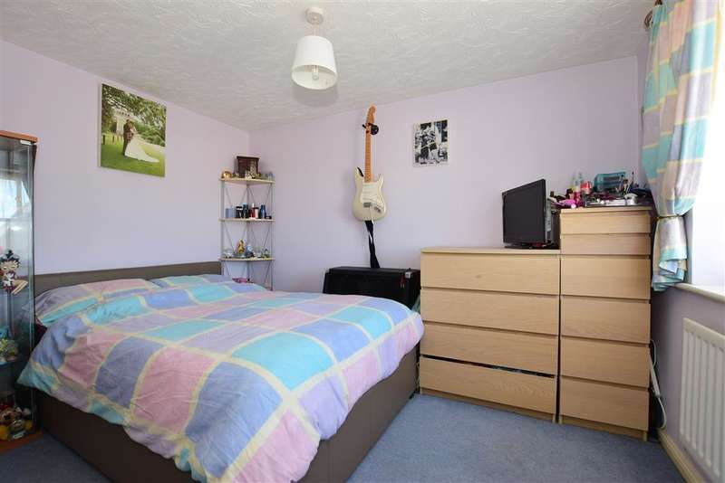 3 Bedrooms End Of Terrace House for sale in Rosebank Gardens, Northfleet, Gravesend, Kent