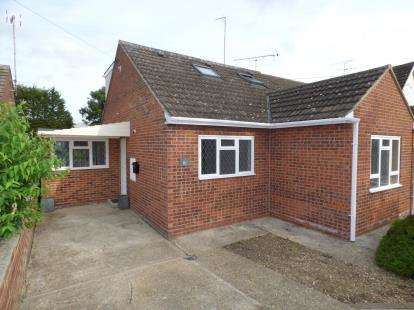 3 Bedrooms Bungalow for sale in Braintree, Essex