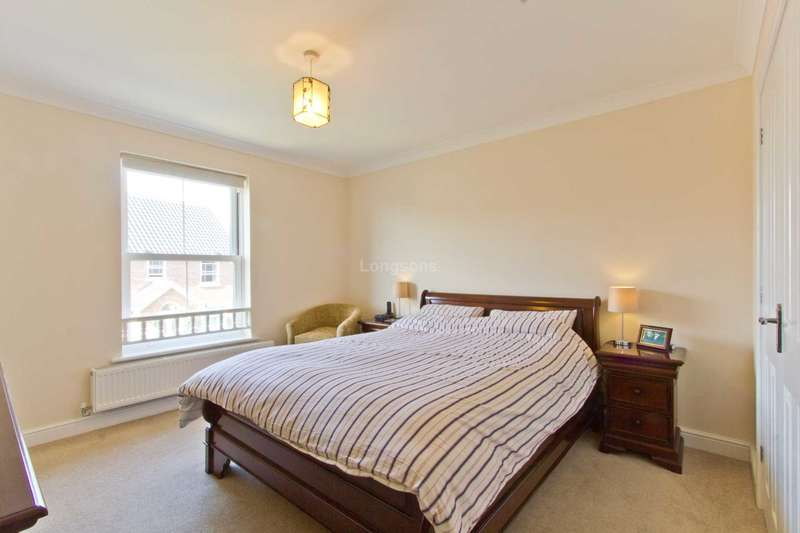 6 Bedrooms Detached House for sale in Owen Cole Close, Great Massingham