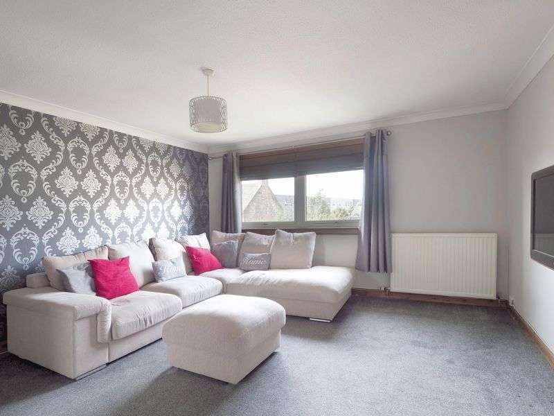 3 Bedrooms Flat for sale in 5 Gordon Court, Broxburn