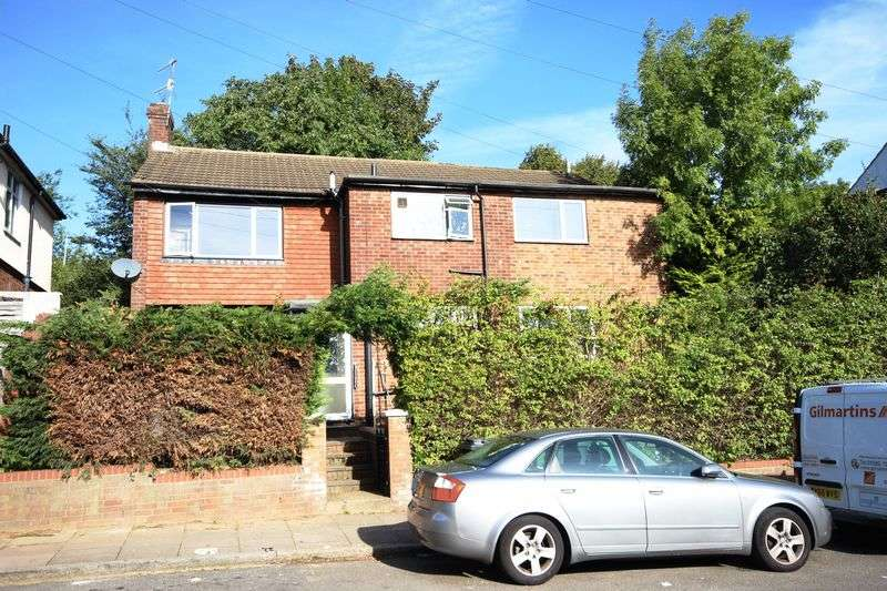 9 Bedrooms Detached House for sale in Milton Road, Luton