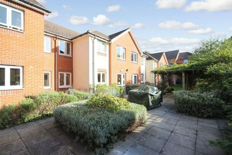 1 Bedroom Retirement Property for sale in Sovereign Court(South Croydon), Croydon, CR2 6LP