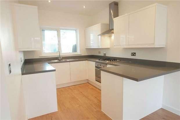 2 Bedrooms Flat for sale in Neville Road, Croydon, Surrey