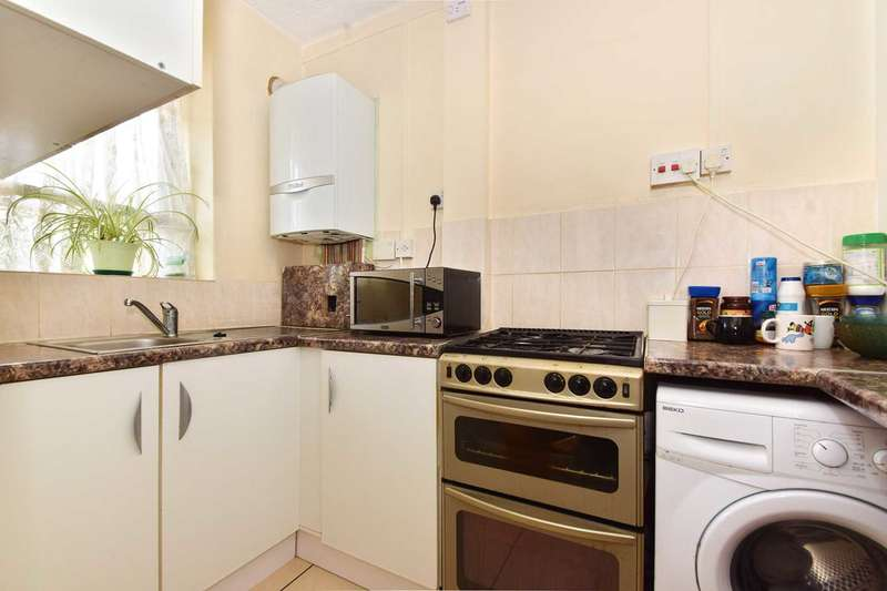 3 Bedrooms Apartment Flat for sale in Phipps House, Canada Way, White City, W12 7QE