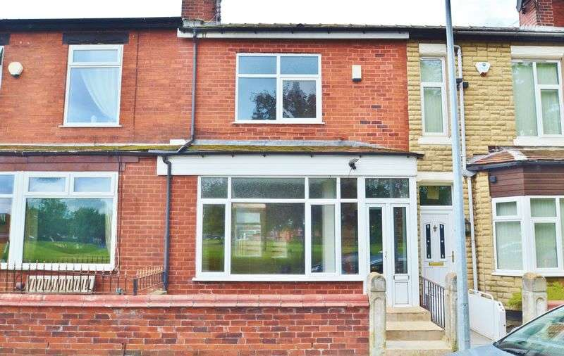 3 Bedrooms Terraced House for sale in Stanley Road, Eccles