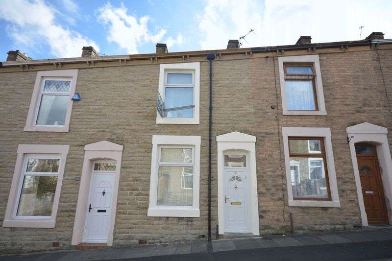 2 Bedrooms Terraced House for sale in Clifton Street, Rishton