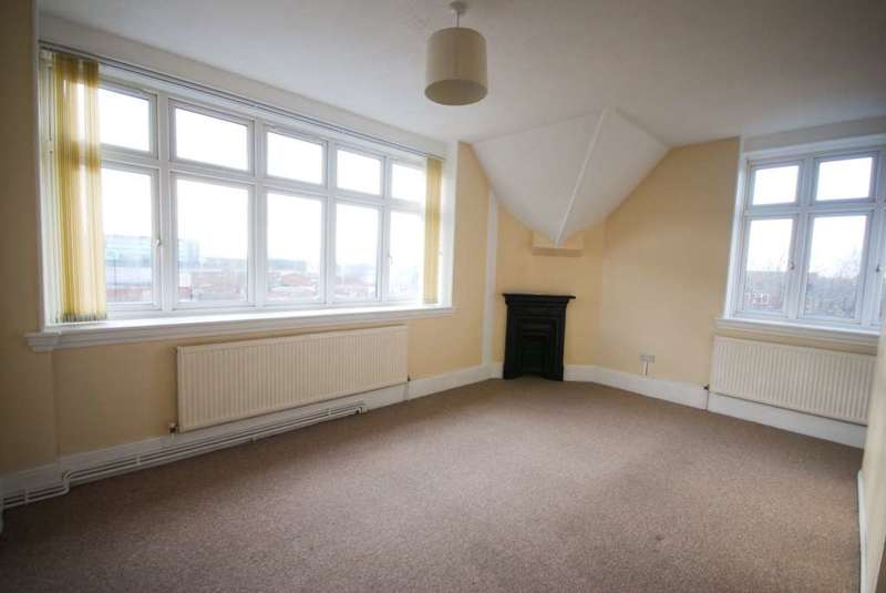 1 Bedroom Flat for sale in Chobham Road, Stratford E15