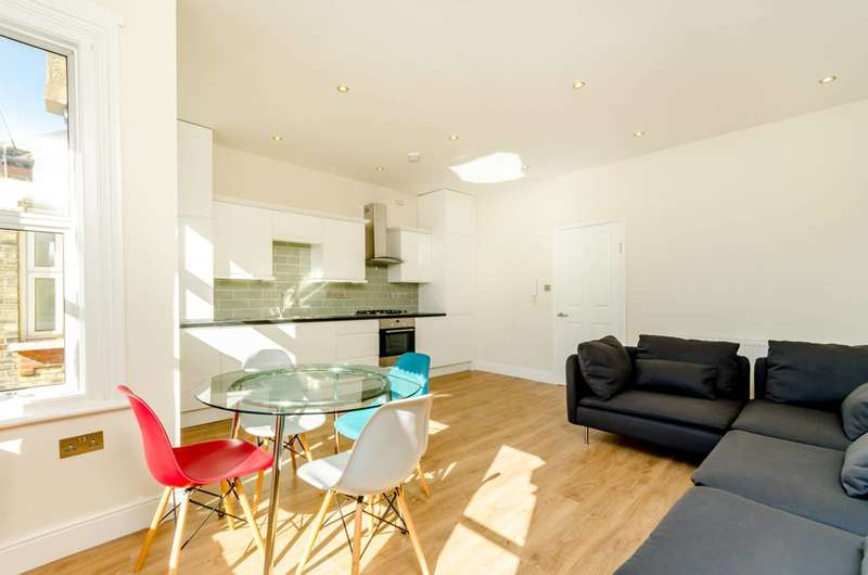 2 Bedrooms Flat for sale in Lower Richmond Road, West Putney, SW15