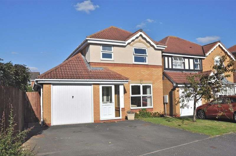 3 Bedrooms Detached House for sale in Bluebell Way, Evesham, WR11 2HS