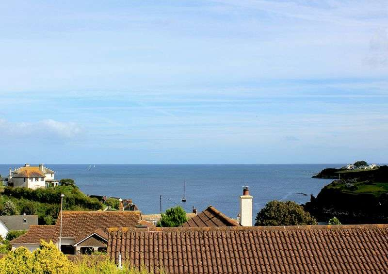 4 Bedrooms Detached House for sale in Portmellon, Mevagissey