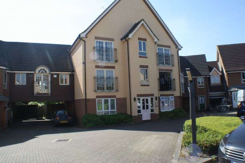 2 Bedrooms Flat for sale in Hartigan Place, Reading