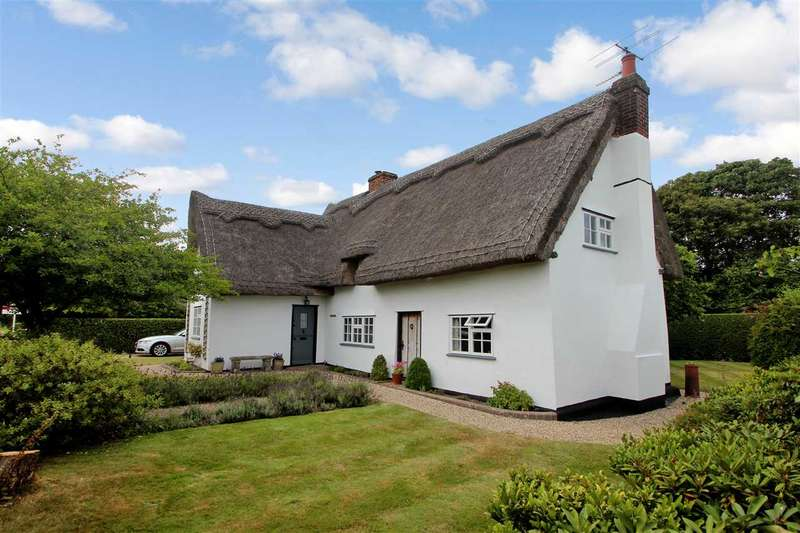 3 Bedrooms Cottage House for sale in Floral Dene, Park Lane, Langham, Colchester