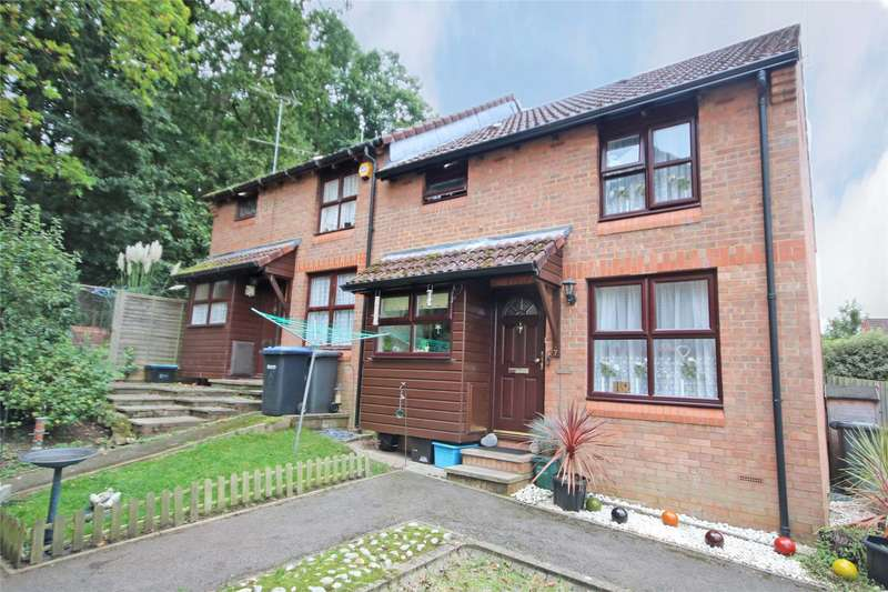 1 Bedroom Semi Detached House for sale in Rowhurst Avenue, Addlestone, Surrey, KT15
