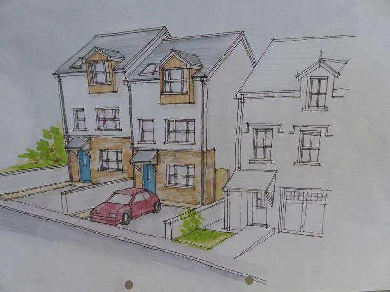 3 Bedrooms Semi Detached House for sale in Gellings Avenue, Port St Mary