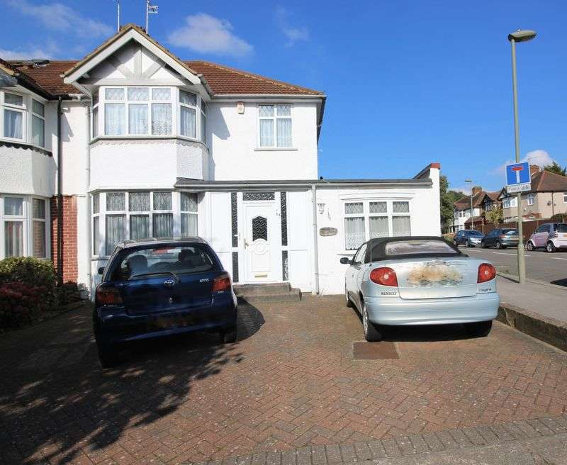 3 Bedrooms Semi Detached House for sale in Gibbs Green, Edgware, HA8
