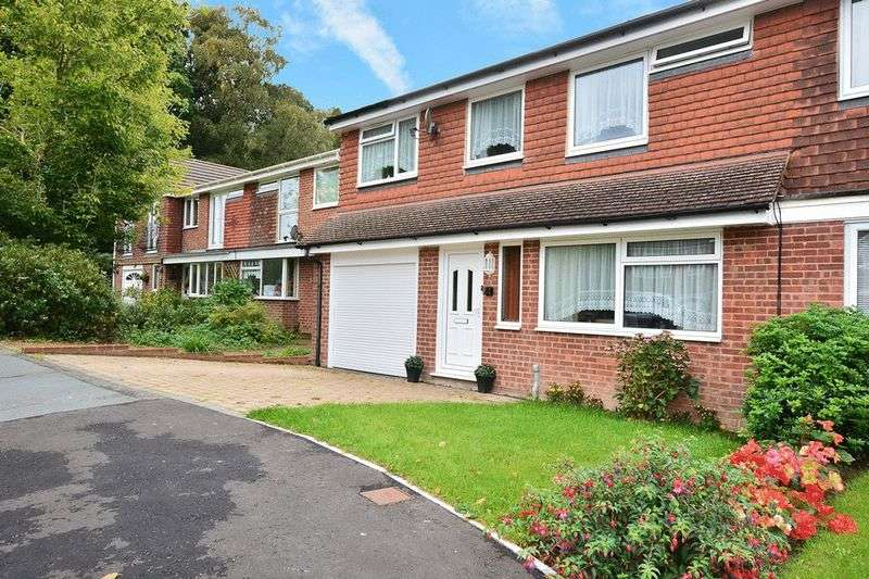 4 Bedrooms Semi Detached House for sale in Hazel Close, CRAWLEY DOWN, West Sussex