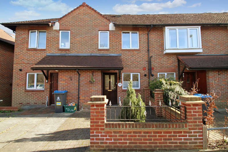 3 Bedrooms Terraced House for sale in Meldone Close, Surbiton