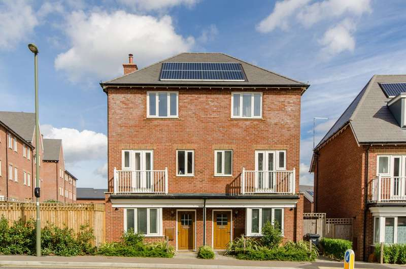 3 Bedrooms House for sale in Inglis Way, Mill Hill East, NW7