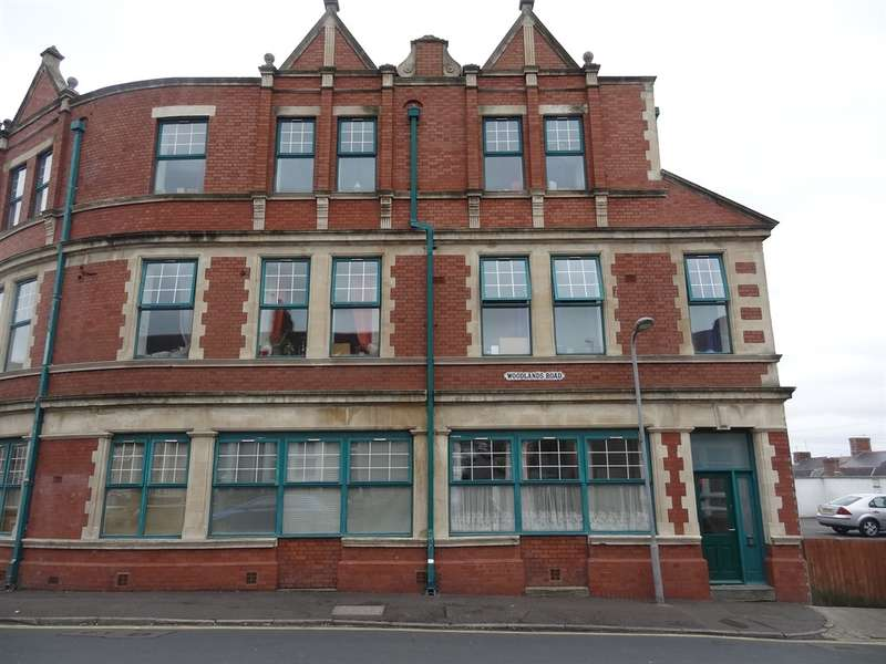 1 Bedroom Apartment Flat for sale in Ymca, Barry