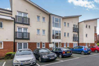1 Bedroom Flat for sale in Wilton Court, Hanley, Stoke-On-Trent, Staffordshire