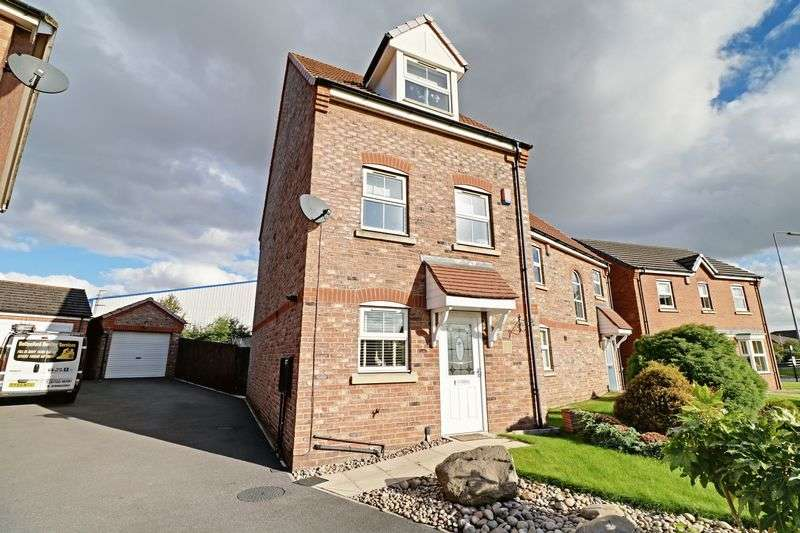 3 Bedrooms Semi Detached House for sale in Sanderling Way, Scunthorpe