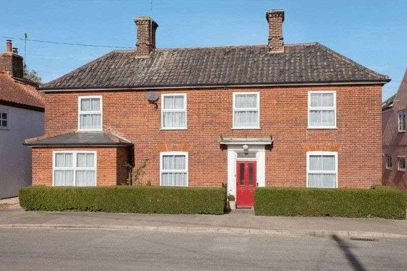 4 Bedrooms Detached House for sale in Helhoughton, Norfolk