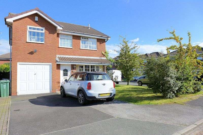 4 Bedrooms Detached House for sale in St. Josephs Avenue, Whitefield