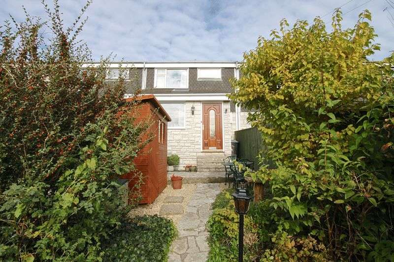 3 Bedrooms Terraced House for sale in Cemetery Road, Weymouth, DT3