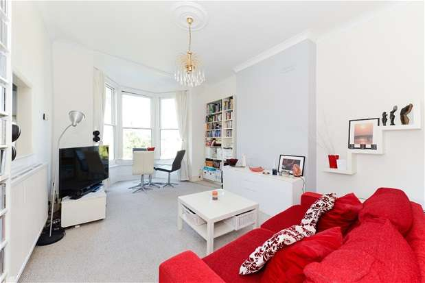 1 Bedroom Flat for sale in Trinity Rise, Herne Hill