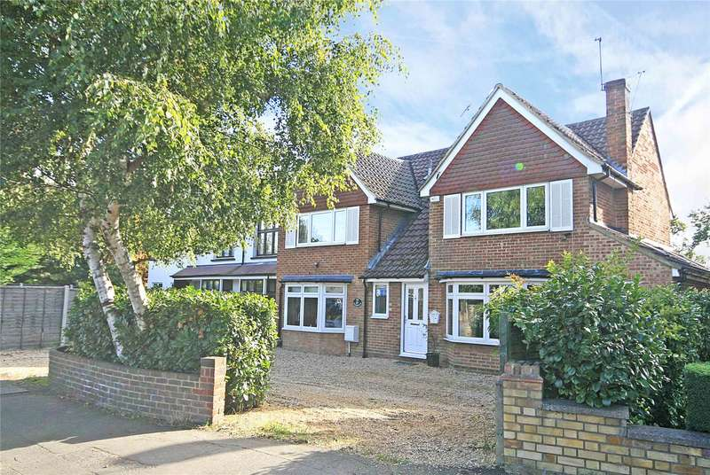 4 Bedrooms Detached House for sale in Woodham Lane, New Haw, Addlestone, Surrey, KT15