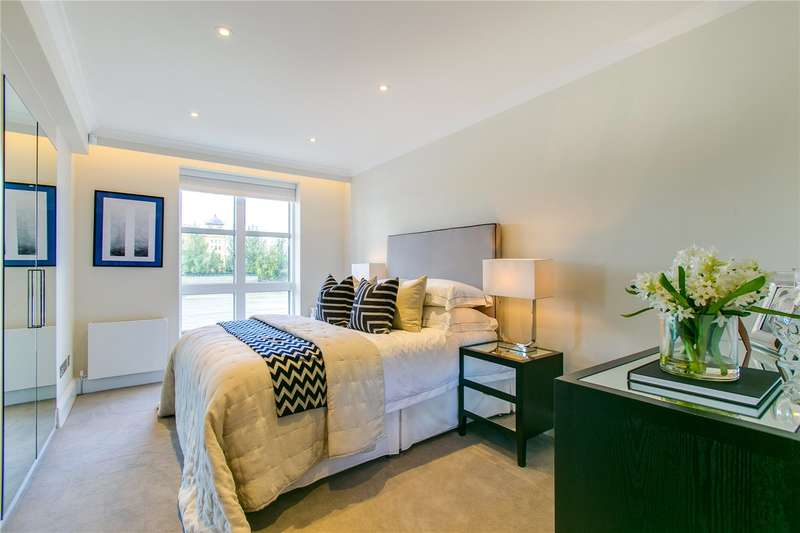 2 Bedrooms Ground Flat for sale in King Henrys Reach, Manbre Road, W6