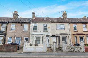 3 Bedrooms Terraced House for sale in Luton Road, Chatham, Kent, .