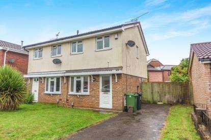 2 Bedrooms Semi Detached House for sale in Celerity Drive, Atlantic Wharf, Schooner Way, Cardiff Bay